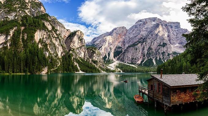 Lago di Braies, la perla dei laghi alpini