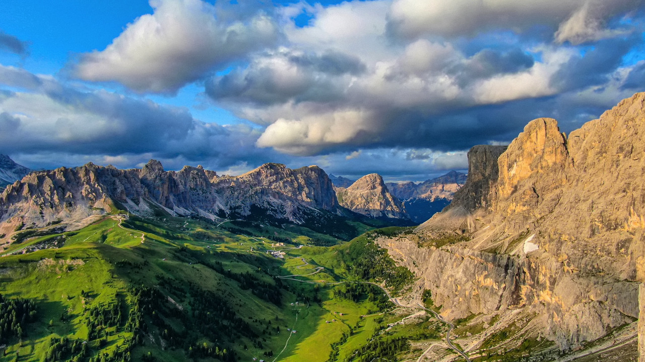 Panoramic View of Val Gardena