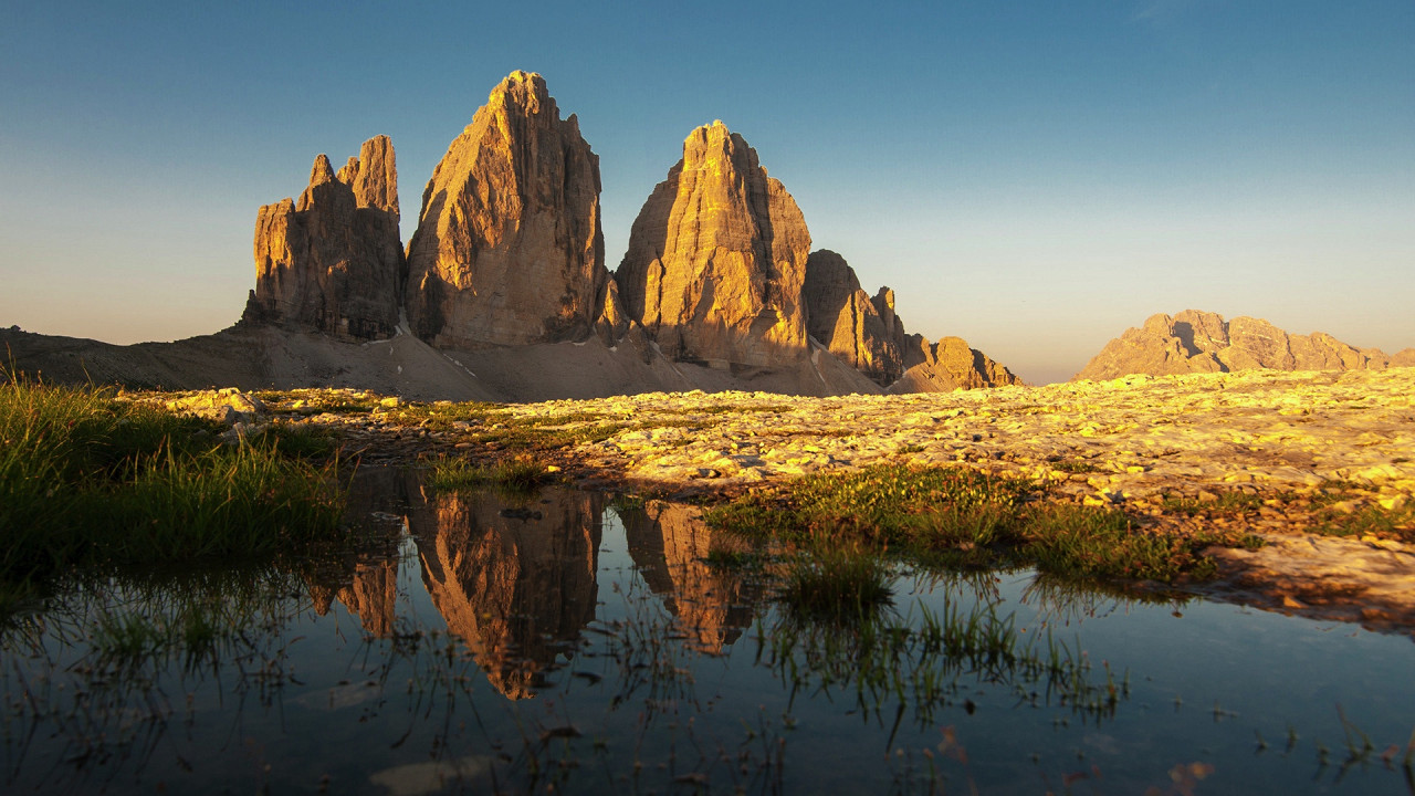 Sunrise on the Tre Cime di Lavaredo Sesto