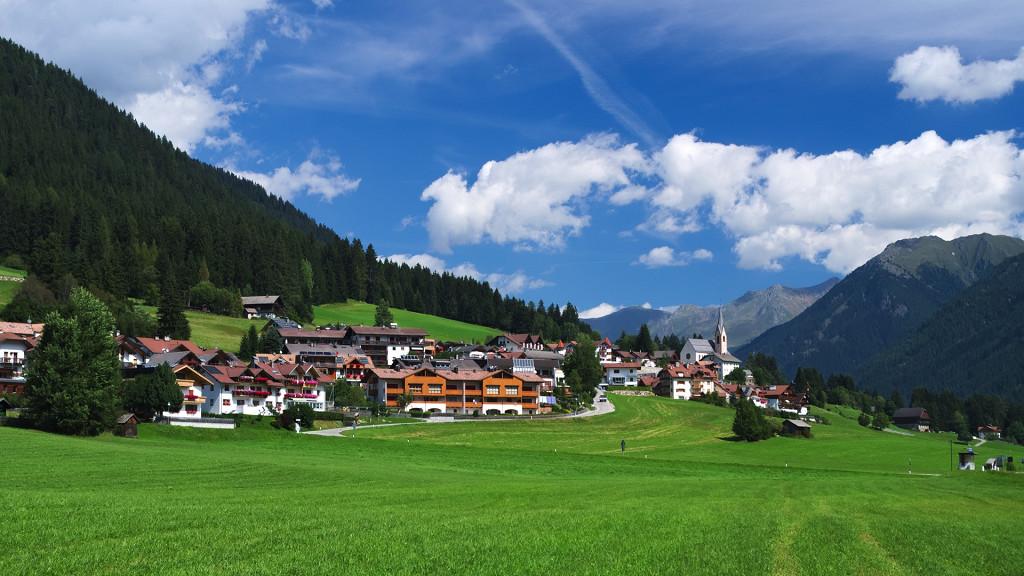 Vacances de luxe dans la Val Pusteria et Plan de Corones - cover