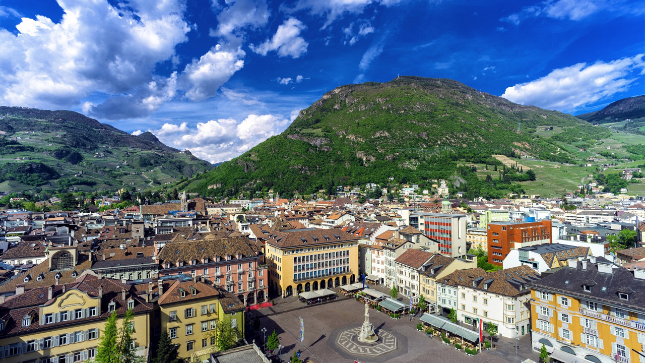 Bolzano's center