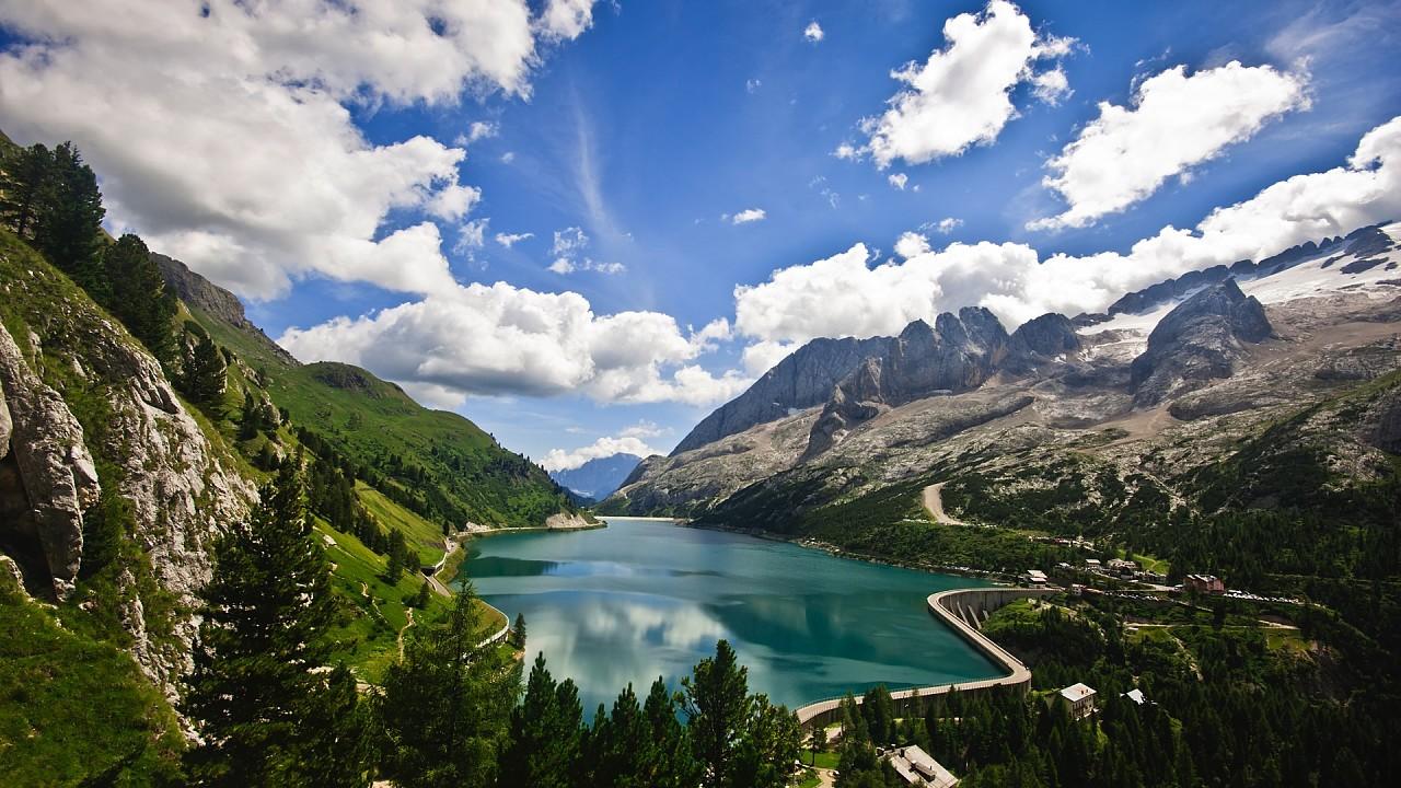 Озеро Федайя Валь ди Фасса