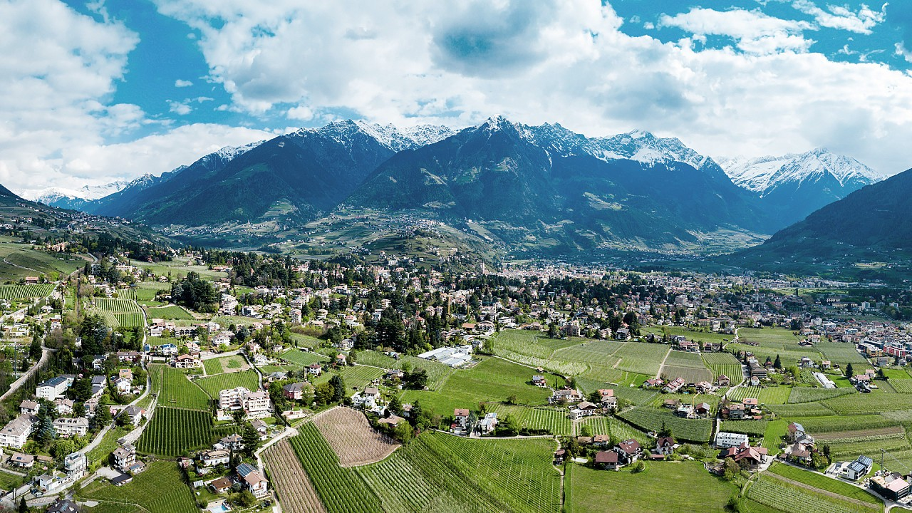 Panoramic view of the Merano area