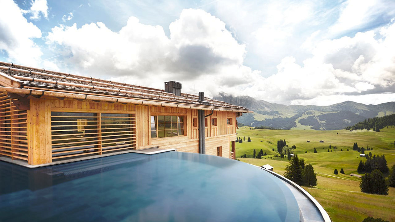 Infinity Pool ADLER Lodge ALPE