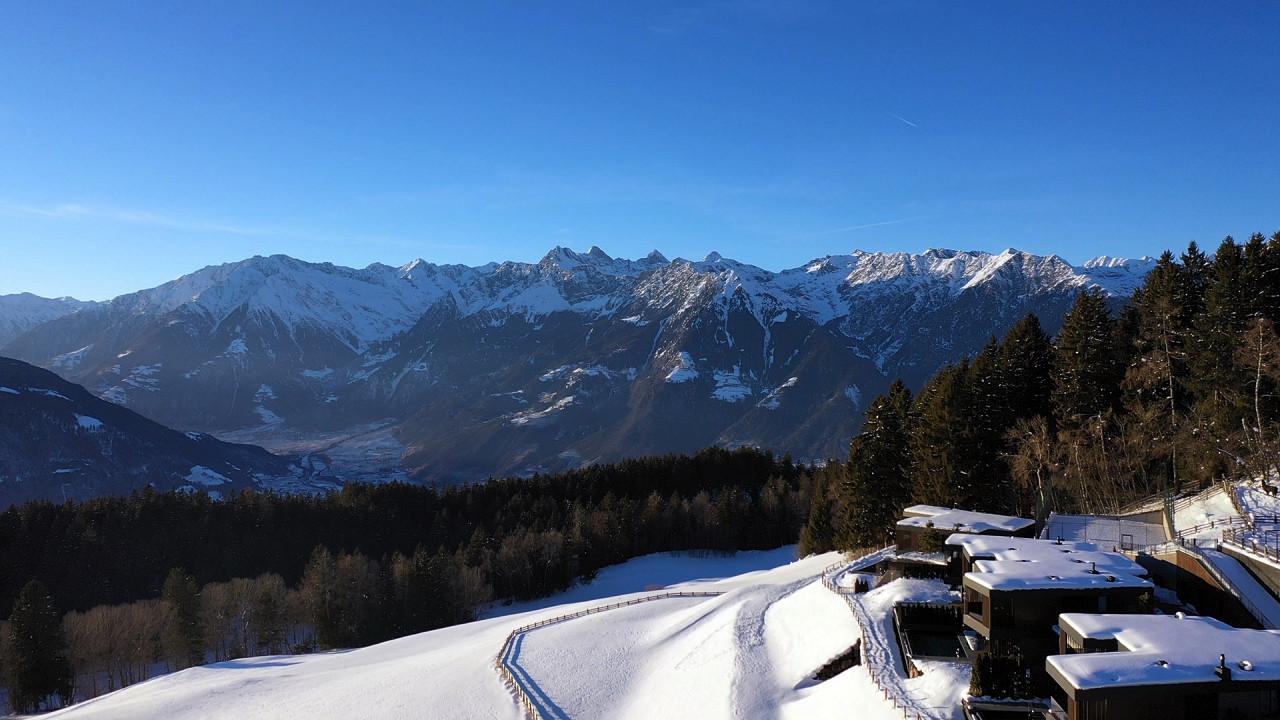 Winter panorama Bergvillen by Chalet Mirabell Avelengo