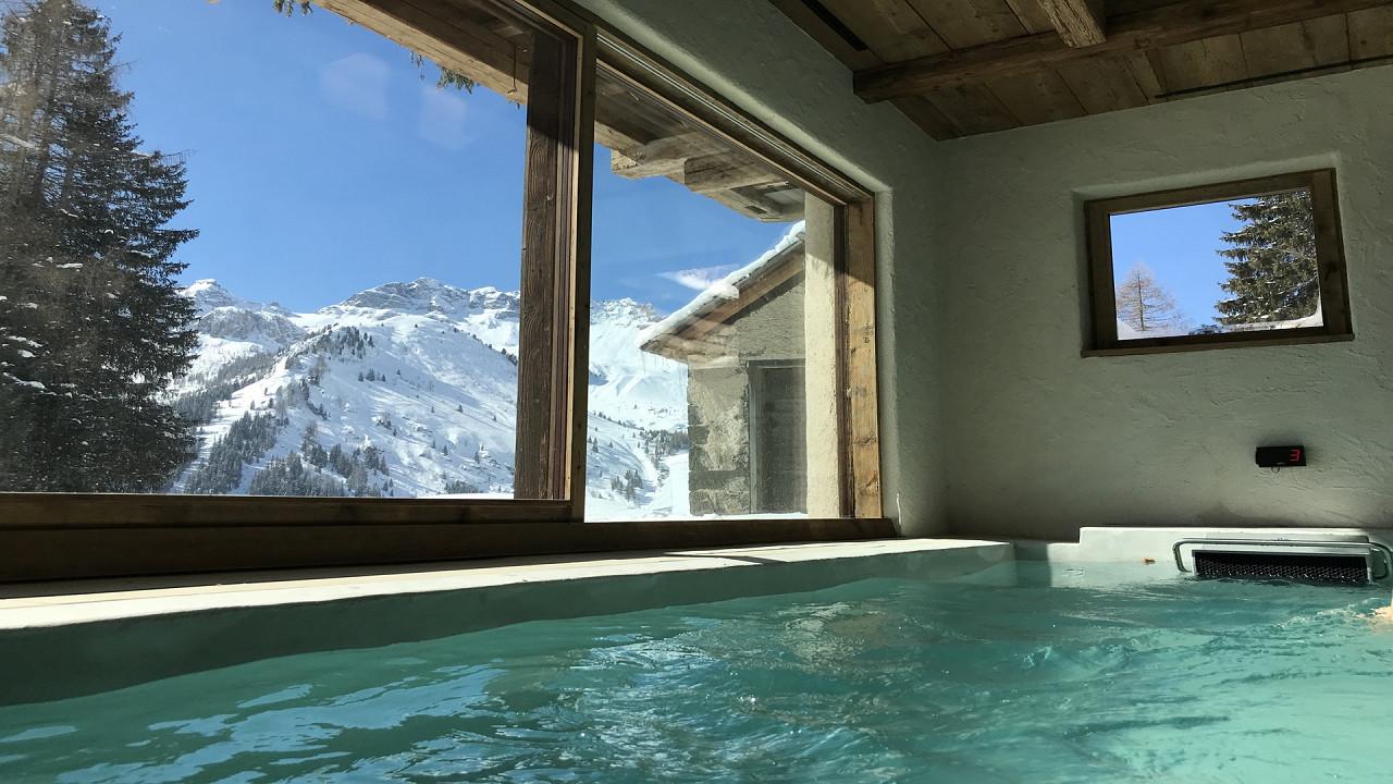 Indoor pool in winter Cesa del Louf Arabba