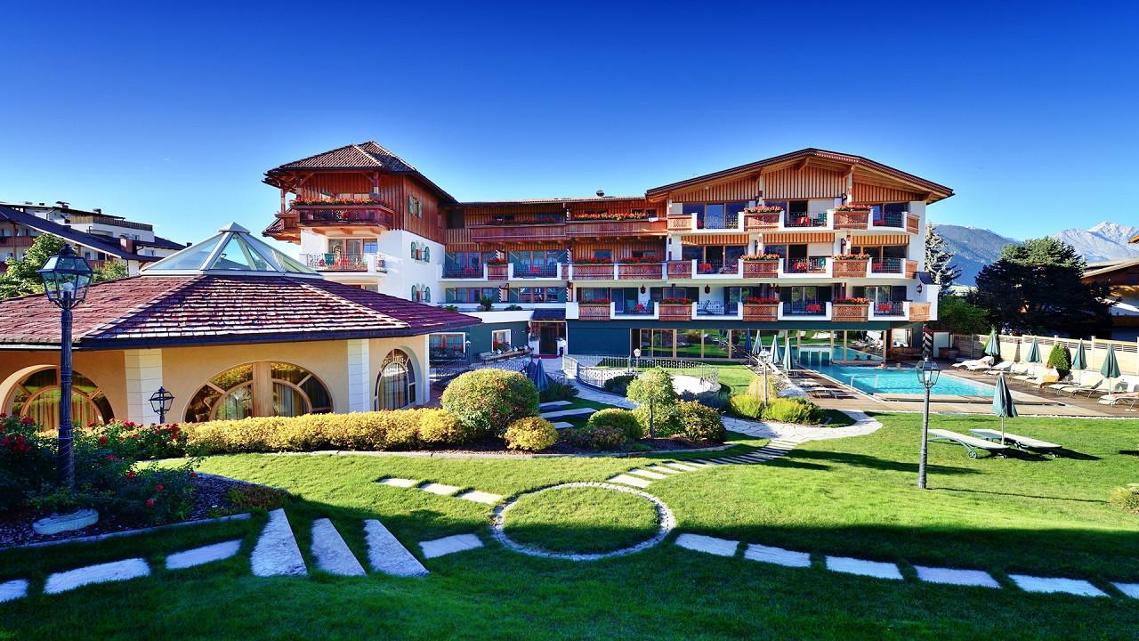 Summer exterior Mirabell Dolomites Hotel Valdaora