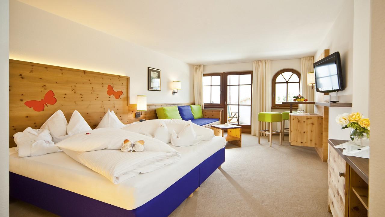 Morning Dew Suite Mirabell Dolomites Hotel Valdaora