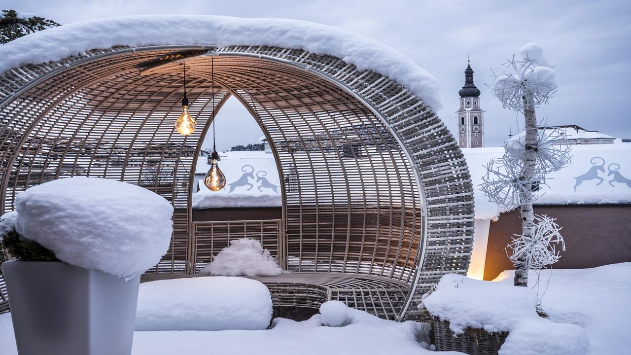 Terrasse extérieure en hiver Abinea Hotel Castelrotto