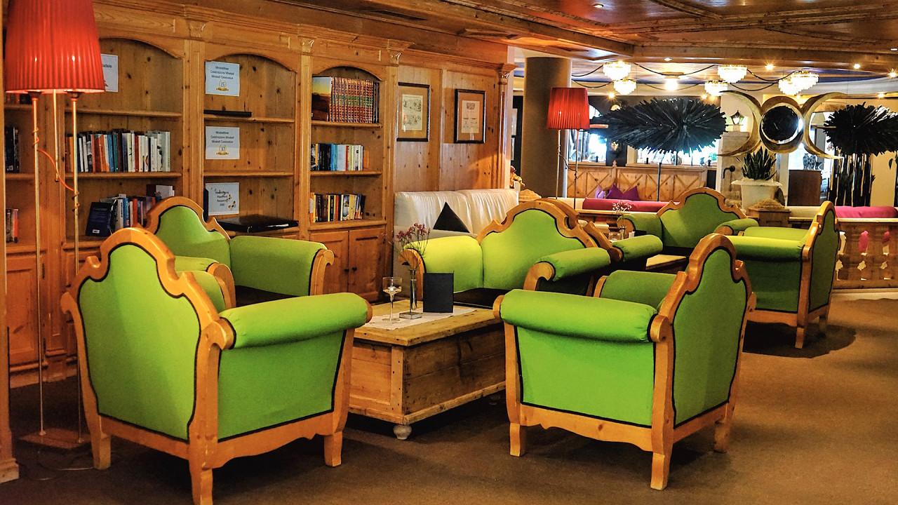 Lounge bar Mirabell Dolomiten Hotel Valdaora