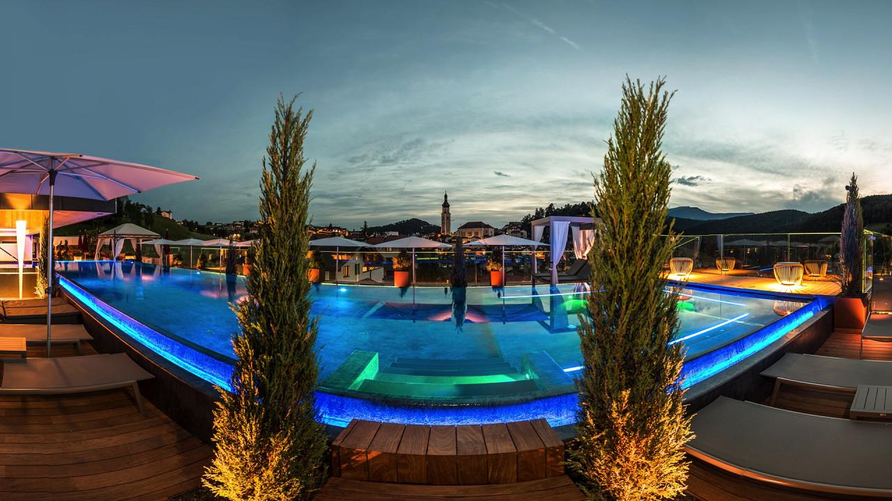 Sky pool Abinea Hôtel Castelrotto