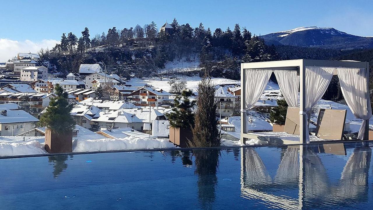 Terrasse extérieure d'hiver Abinea Hôtel Castelrotto