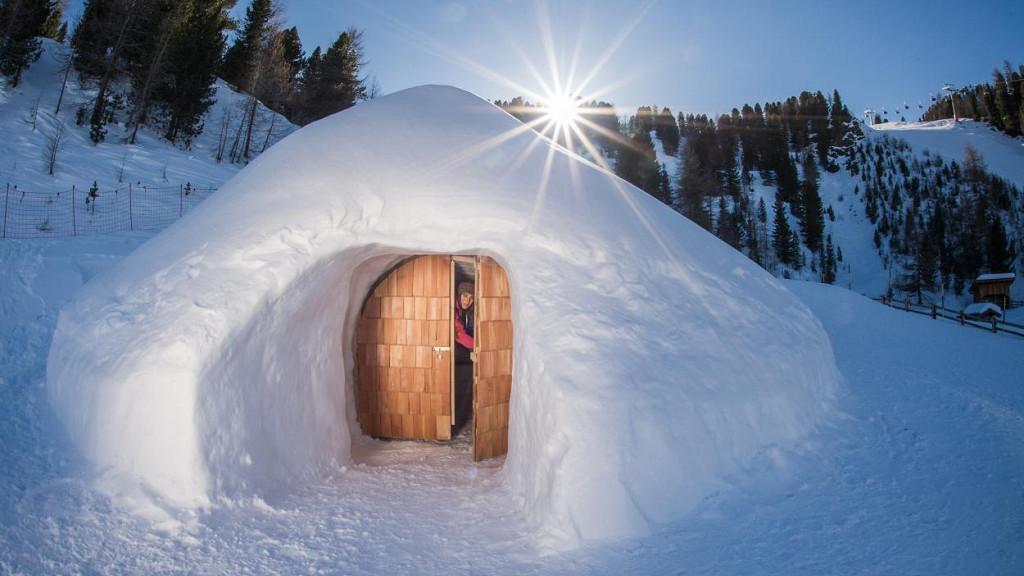 """Igloo du jour au lendemain - comme les Eskimos - sur """"ICE"""""""