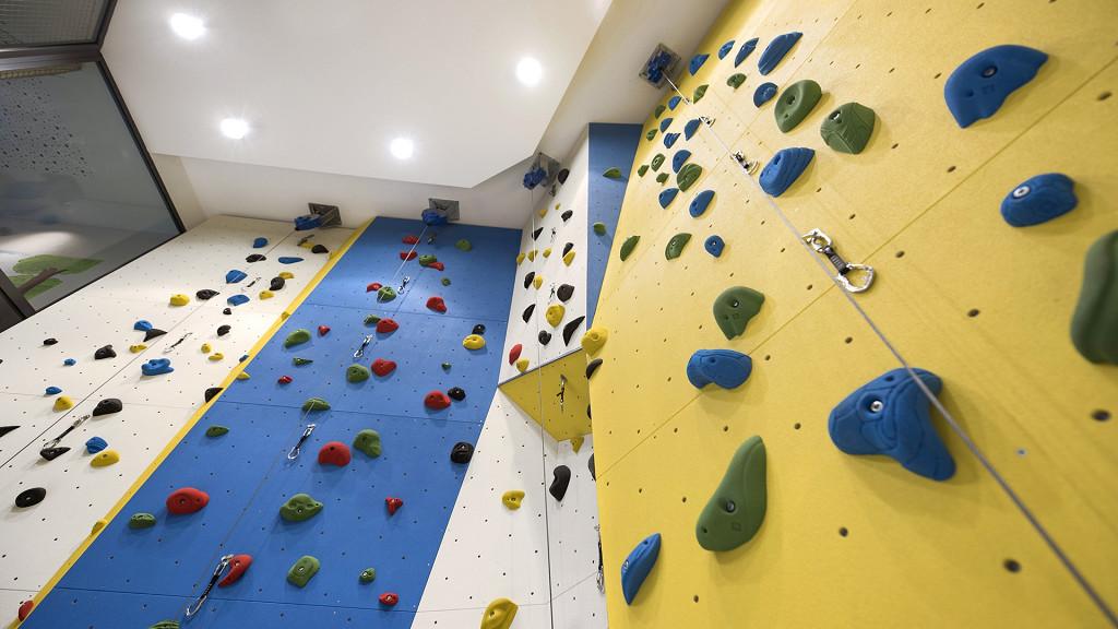 Rock gym Quellenhof Hotel Val Passiria activity