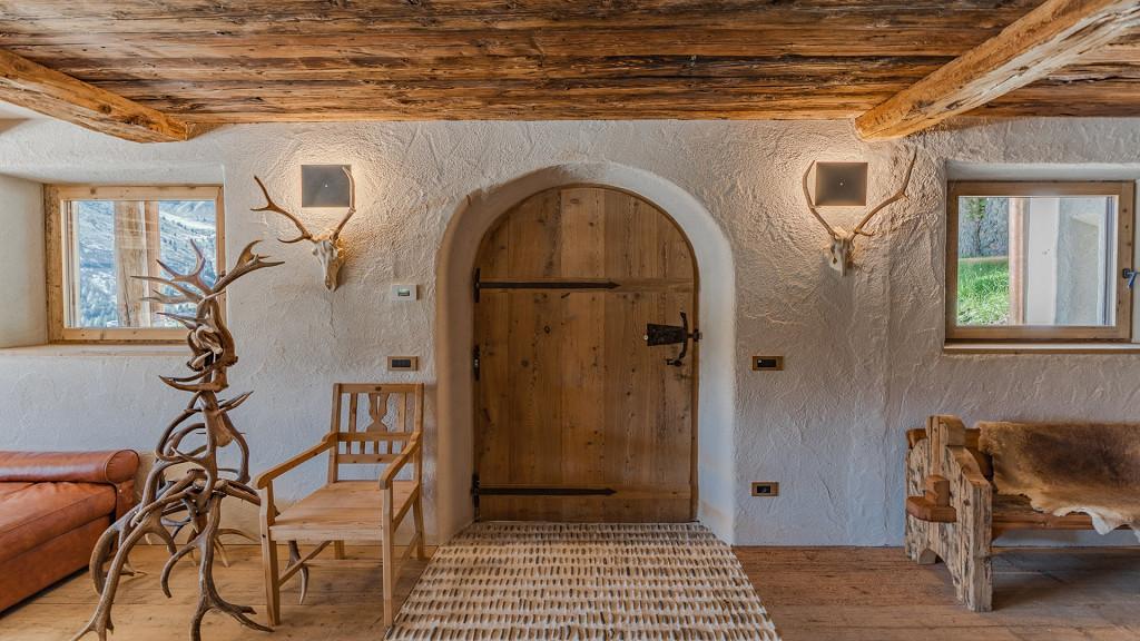 Eingang aus Holz Cesa del Louf Arabba