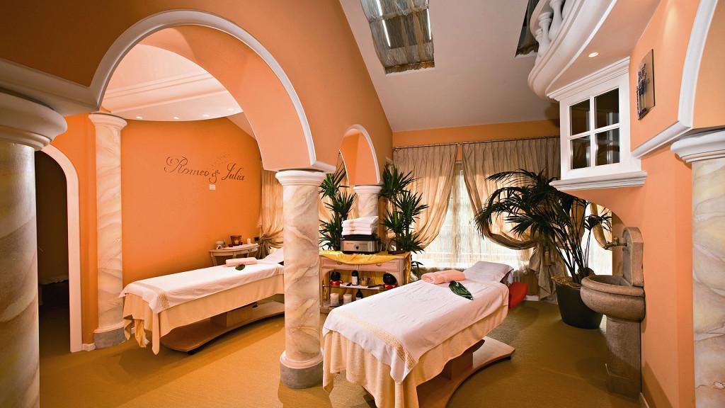 Roméo et Juliette suite spa privée Hôtel Quelle Val Casies romantique