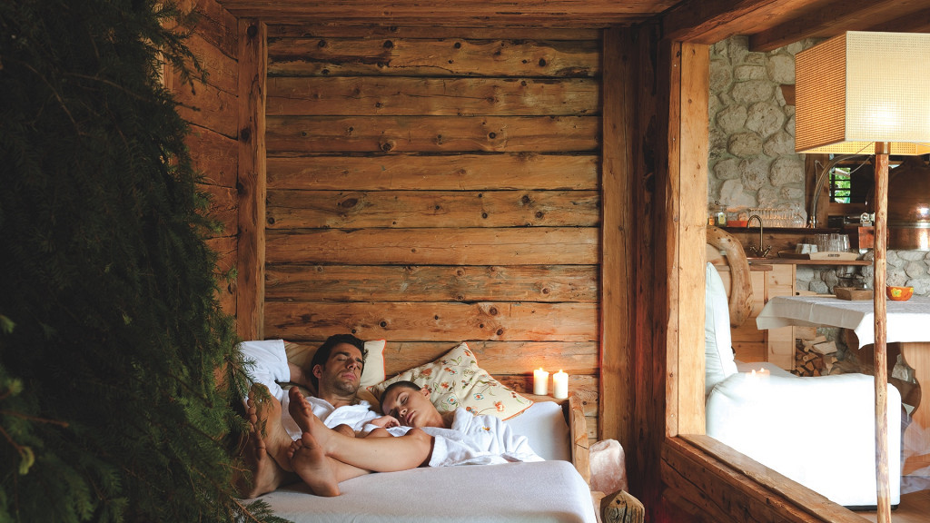 Coppia che dorme Hotel Luesnerhof Luson romantic