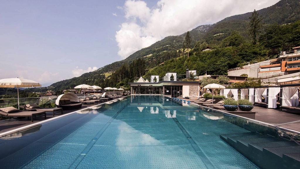 Piscina Quellenhof Hotel Val Passiria wellness