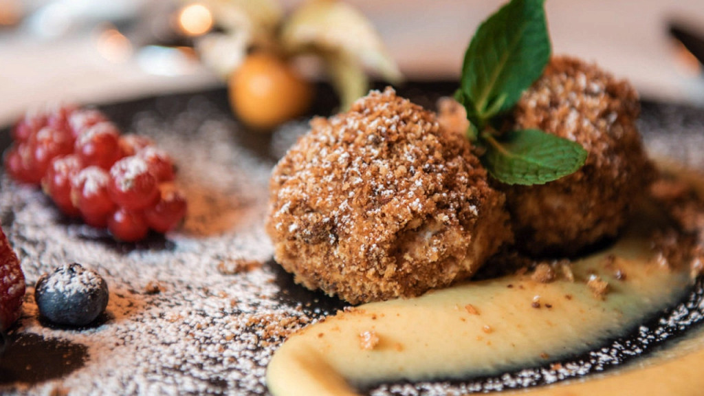 Gourmet dessert Tirler Hotel Alpe di Siusi gourmet