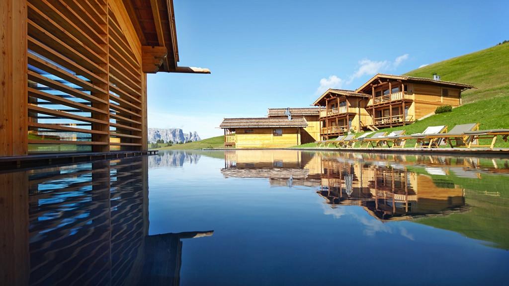 Spa extérieur Adler Lodge Alpe di Siusi bien-être